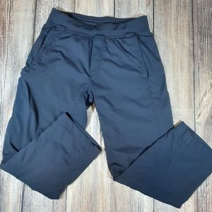 Lululemon mens cropped pants medium fully lined